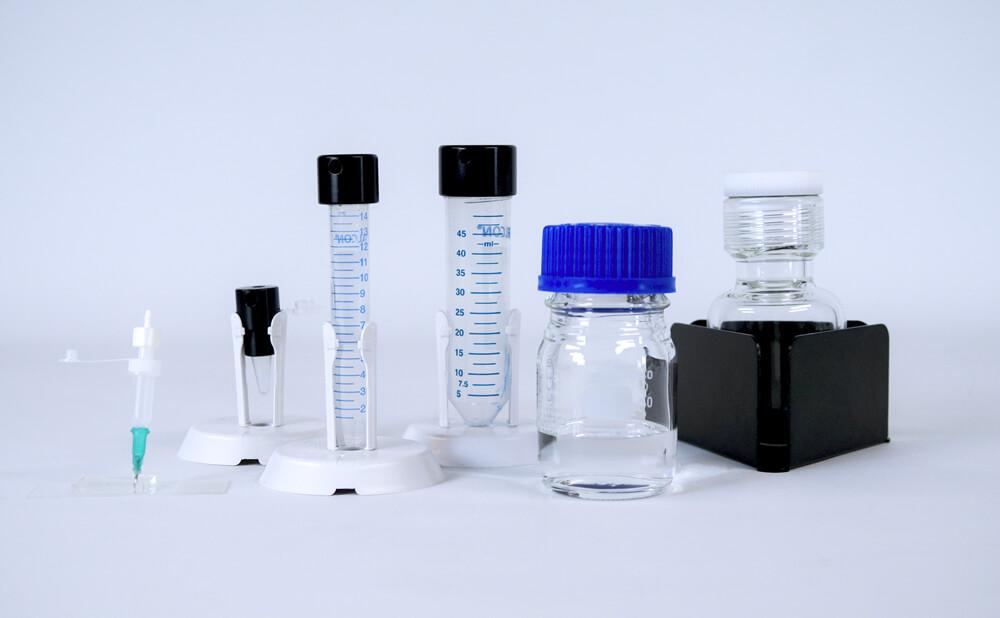 微流体储液池和储液池支架